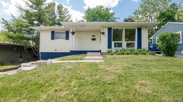 1560 Ardmoor Ave, Ann Arbor, MI 48103 (MLS #R2200062853) :: Berkshire Hathaway HomeServices Snyder & Company, Realtors®