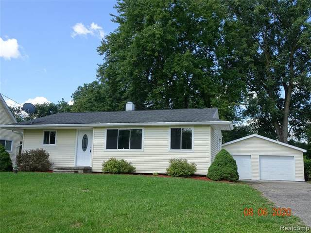 2122 Ala St, Burton, MI 48519 (MLS #R2200063077) :: Berkshire Hathaway HomeServices Snyder & Company, Realtors®