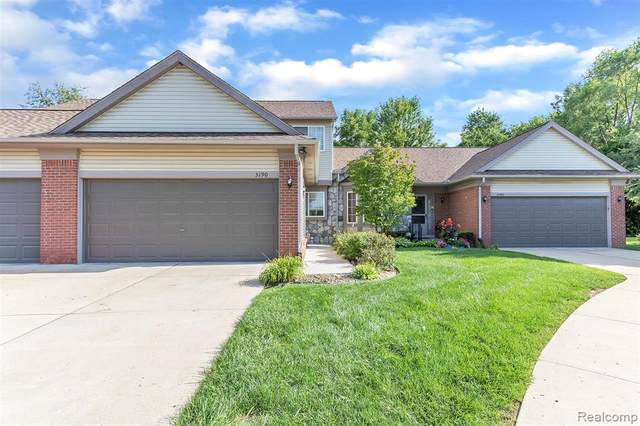 3190 Brookside Dr, Waterford, MI 48328 (MLS #R2200063097) :: Berkshire Hathaway HomeServices Snyder & Company, Realtors®