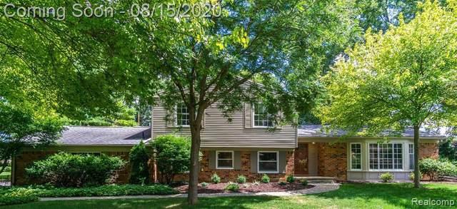 5611 Priory Ln, Bloomfield Hills, MI 48301 (MLS #R2200064194) :: Berkshire Hathaway HomeServices Snyder & Company, Realtors®