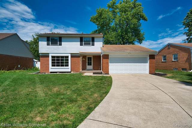 17370 Roseland Blvd, Lathrup Village, MI 48076 (MLS #R2200064209) :: Berkshire Hathaway HomeServices Snyder & Company, Realtors®