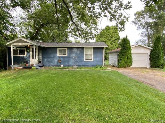 301 N Francisco Rd, Grass Lake, MI 49240 (MLS #R2200072389) :: Berkshire Hathaway HomeServices Snyder & Company, Realtors®