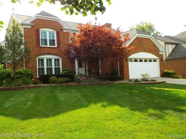 22820 Waycroft Dr, Novi, MI 48375 (MLS #R2200073262) :: Berkshire Hathaway HomeServices Snyder & Company, Realtors®