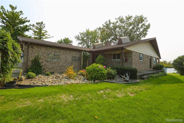 3501 Four Lakes Ave, Linden, MI 48451 (MLS #R2200075513) :: Berkshire Hathaway HomeServices Snyder & Company, Realtors®