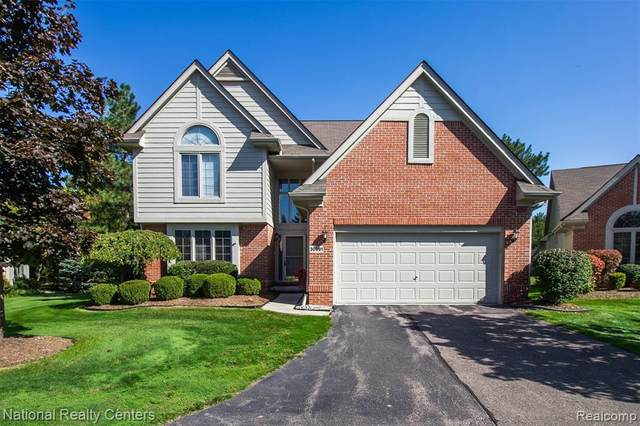 30691 Tanglewood Trail, Farmington Hills, MI 48331 (MLS #R2200076029) :: Berkshire Hathaway HomeServices Snyder & Company, Realtors®