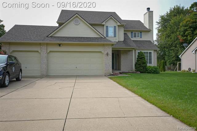 6063 Woodridge Ln, Grand Blanc, MI 48439 (MLS #R2200076093) :: Berkshire Hathaway HomeServices Snyder & Company, Realtors®