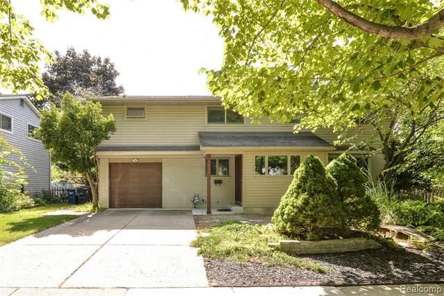 1635 Hillridge Blvd, Ann Arbor, MI 48103 (MLS #R2200076127) :: Berkshire Hathaway HomeServices Snyder & Company, Realtors®