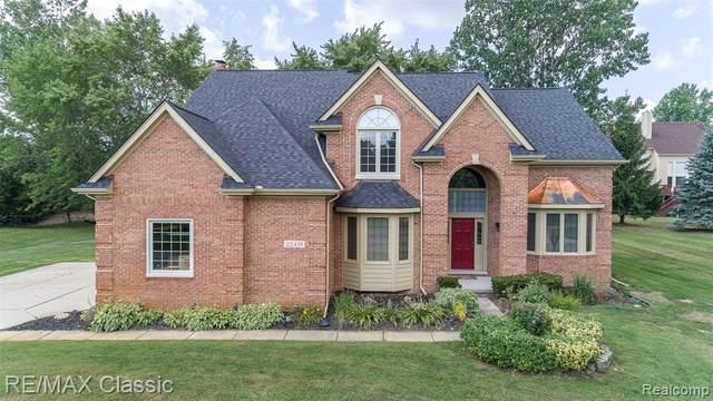 22435 Southwyck Crt, Novi, MI 48374 (MLS #R2200076881) :: Berkshire Hathaway HomeServices Snyder & Company, Realtors®