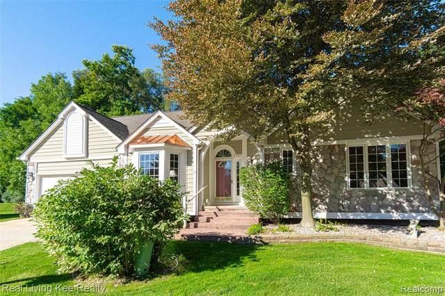 3387 Henley Crt, Rochester Hills, MI 48309 (MLS #R2200076902) :: Berkshire Hathaway HomeServices Snyder & Company, Realtors®