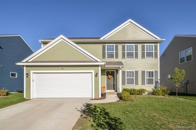 2804 W Fork River Dr, Fowlerville, MI 48836 (MLS #R2200076950) :: Berkshire Hathaway HomeServices Snyder & Company, Realtors®