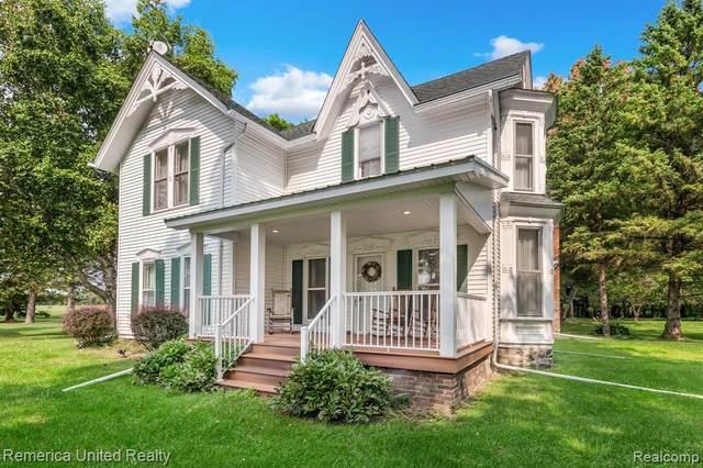 1445 E Cohoctah Rd, Howell, MI 48855 (MLS #R2200076978) :: Berkshire Hathaway HomeServices Snyder & Company, Realtors®