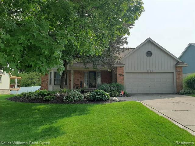 6309 Golf View Dr, Clarkston, MI 48346 (MLS #R2200077065) :: Berkshire Hathaway HomeServices Snyder & Company, Realtors®