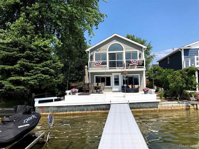 14228 Dartmouth, Fenton, MI 48430 (MLS #R2200077189) :: Berkshire Hathaway HomeServices Snyder & Company, Realtors®