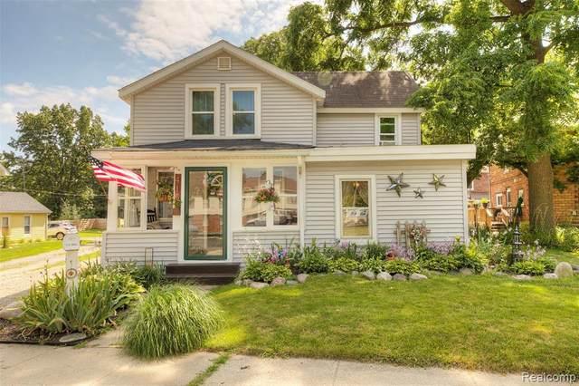 415 Fleming St, Howell, MI 48843 (MLS #R2200077244) :: Berkshire Hathaway HomeServices Snyder & Company, Realtors®