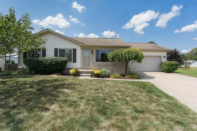46399 Brookside North Dr, Macomb, MI 48044 (MLS #R2200077276) :: Berkshire Hathaway HomeServices Snyder & Company, Realtors®