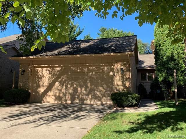 22065 River Ridge Trl, Farmington Hills, MI 48335 (MLS #R2200077278) :: Berkshire Hathaway HomeServices Snyder & Company, Realtors®