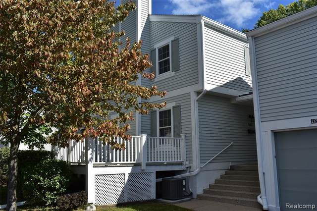 21218 E Glen Haven Cir, Northville, MI 48167 (MLS #R2200077384) :: Berkshire Hathaway HomeServices Snyder & Company, Realtors®