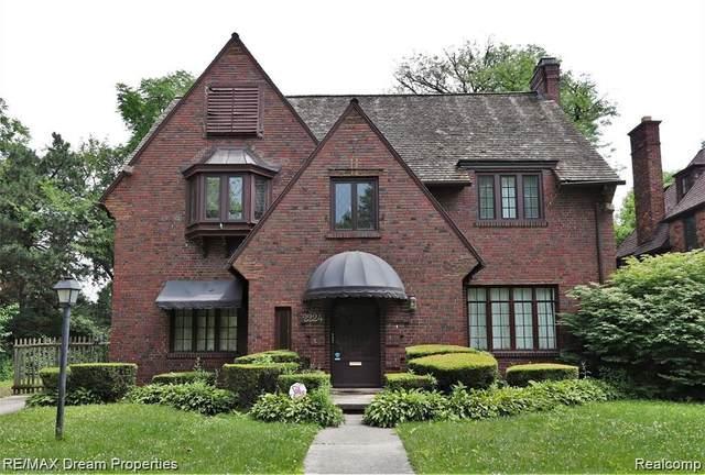 2224 Burns St, Detroit, MI 48214 (MLS #R2200077462) :: Berkshire Hathaway HomeServices Snyder & Company, Realtors®