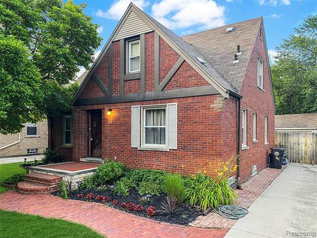 488 Bournemouth Rd, Grosse Pointe Farms, MI 48236 (MLS #R2200077493) :: Berkshire Hathaway HomeServices Snyder & Company, Realtors®