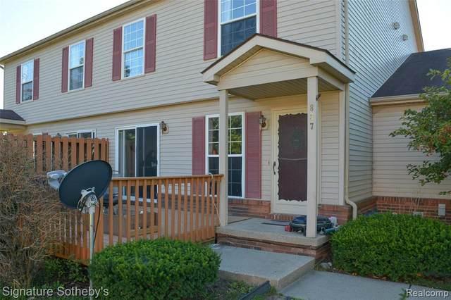837 Oakwood Dr, Howell, MI 48843 (MLS #R2200077823) :: Berkshire Hathaway HomeServices Snyder & Company, Realtors®