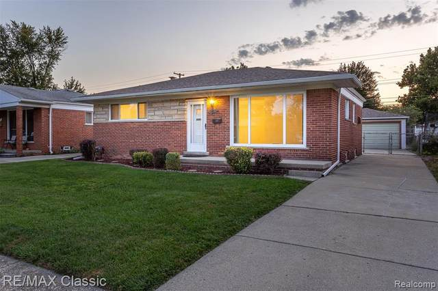 8177 Gary Ave, Westland, MI 48185 (MLS #R2200078431) :: Berkshire Hathaway HomeServices Snyder & Company, Realtors®
