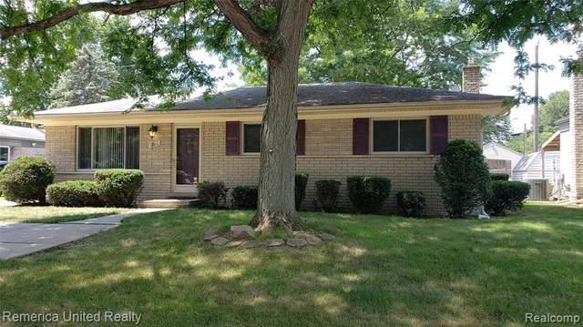 19811 Merriman Rd, Livonia, MI 48152 (MLS #R2200078881) :: Berkshire Hathaway HomeServices Snyder & Company, Realtors®