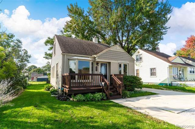 275 W Maple Rd, Clawson, MI 48017 (MLS #R2200078970) :: Berkshire Hathaway HomeServices Snyder & Company, Realtors®