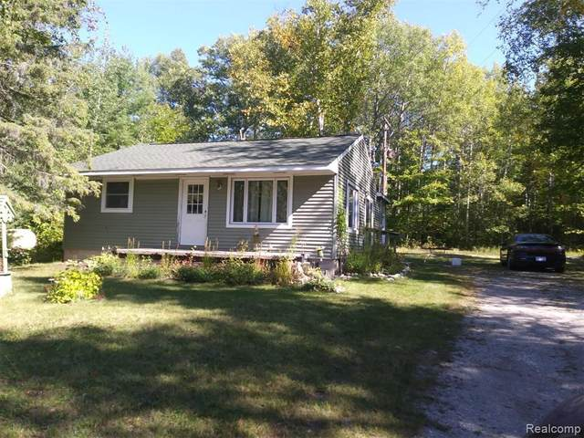 16808 Highland Pines Rd, Presque Isle, MI 49777 (MLS #R2200080630) :: Berkshire Hathaway HomeServices Snyder & Company, Realtors®