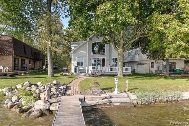 1200 Louise St N, Pinckney, MI 48169 (MLS #R2200082958) :: Berkshire Hathaway HomeServices Snyder & Company, Realtors®