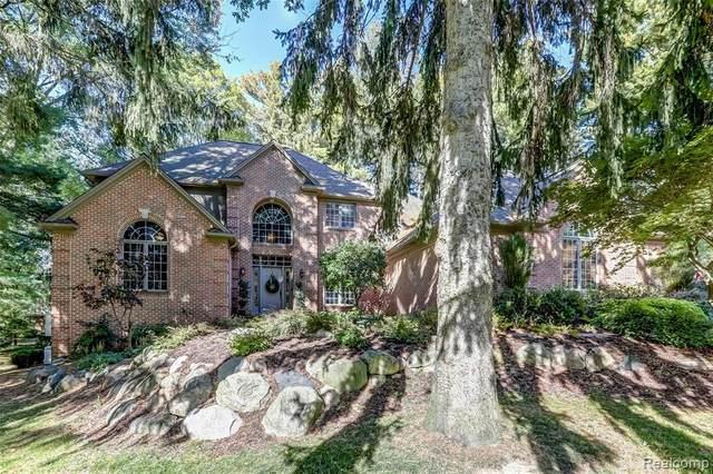 5312 Hidden Pines Crt, Brighton, MI 48116 (MLS #R2200084907) :: Berkshire Hathaway HomeServices Snyder & Company, Realtors®