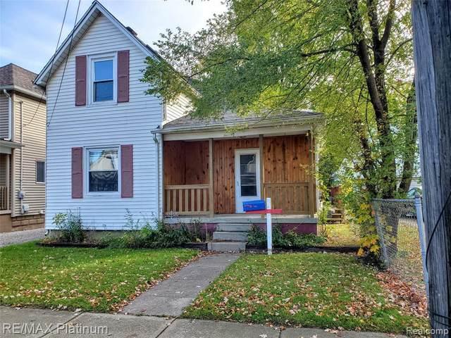 604 N Oak St, Durand, MI 48429 (MLS #R2200086195) :: Berkshire Hathaway HomeServices Snyder & Company, Realtors®