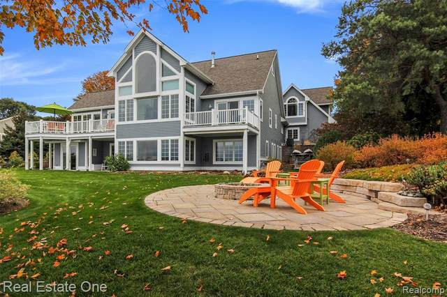 2160 N West Bay Shore Dr, Suttons Bay, MI 49682 (MLS #R2200086811) :: Berkshire Hathaway HomeServices Snyder & Company, Realtors®