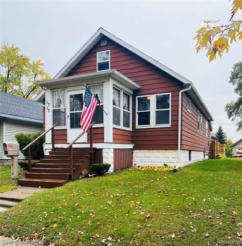 1717 16th St, Port Huron, MI 48060 (MLS #R2200088060) :: Berkshire Hathaway HomeServices Snyder & Company, Realtors®