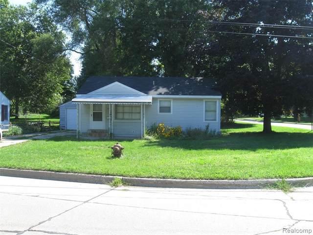 307 S Norton St, Corunna, MI 48817 (MLS #R2200088491) :: Berkshire Hathaway HomeServices Snyder & Company, Realtors®