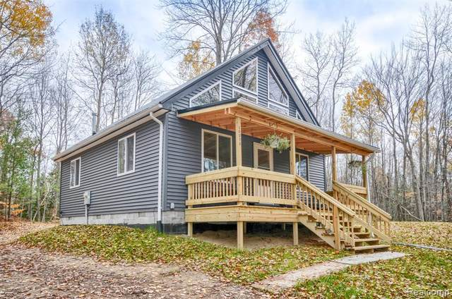 10373 Maple Valley Rd, Gladwin, MI 48624 (MLS #R2200089130) :: Berkshire Hathaway HomeServices Snyder & Company, Realtors®