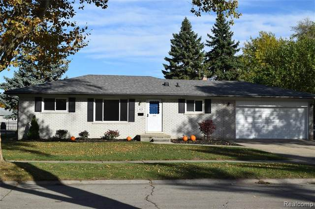 40220 Radcliff Dr, Sterling Heights, MI 48313 (MLS #R2200089669) :: Berkshire Hathaway HomeServices Snyder & Company, Realtors®