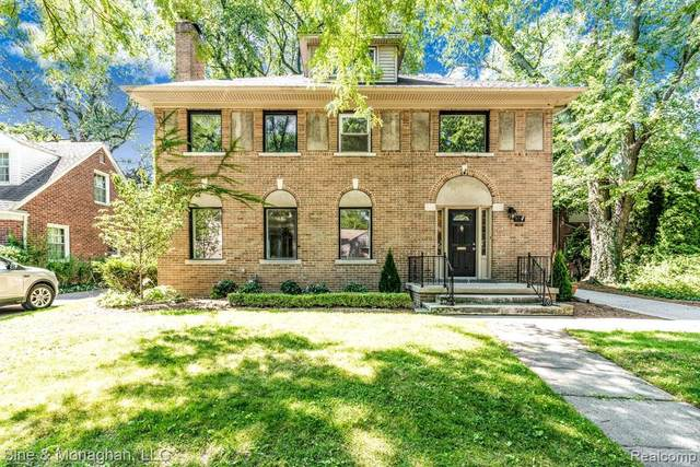 77 Moross Rd, Grosse Pointe Farms, MI 48236 (MLS #R2200096930) :: Berkshire Hathaway HomeServices Snyder & Company, Realtors®