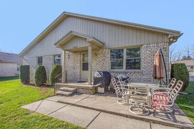 41828 King Edward Crt, Clinton, MI 48038 (MLS #R2200096953) :: Berkshire Hathaway HomeServices Snyder & Company, Realtors®