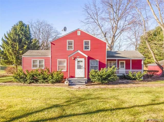 1575 Ridge Rd, Ypsilanti, MI 48198 (MLS #R2200097130) :: Berkshire Hathaway HomeServices Snyder & Company, Realtors®
