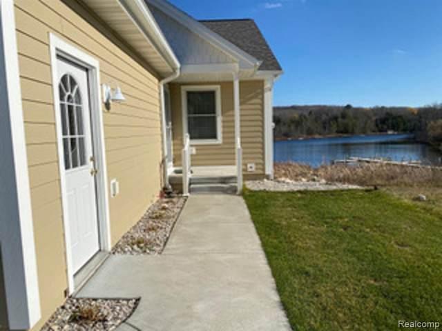 2804 West Shore Dr, Central Lake, MI 49627 (MLS #R2200098880) :: Berkshire Hathaway HomeServices Snyder & Company, Realtors®