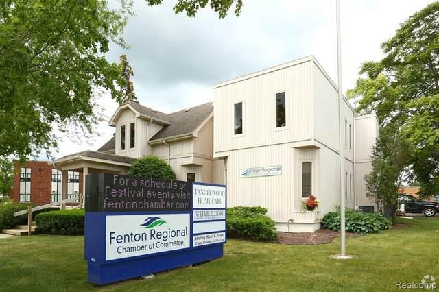 104 S Adelaide St, Fenton, MI 48430 (MLS #R2210004268) :: Berkshire Hathaway HomeServices Snyder & Company, Realtors®
