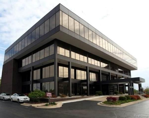 363 W Big Beaver Rd Unit#, Troy, MI 48084 (MLS #R2210005571) :: Berkshire Hathaway HomeServices Snyder & Company, Realtors®