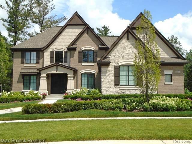 22537 Montebello, Novi, MI 48375 (MLS #R2210011611) :: Berkshire Hathaway HomeServices Snyder & Company, Realtors®