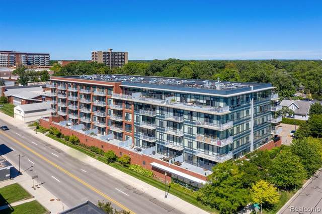 101 Curry Ave Unit 618, Royal Oak, MI 48067 (MLS #R2210011687) :: Berkshire Hathaway HomeServices Snyder & Company, Realtors®
