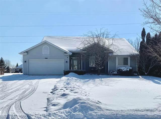 5280 Willow Grove Drive, Grand Blanc, MI 48439 (MLS #R2210012953) :: Berkshire Hathaway HomeServices Snyder & Company, Realtors®