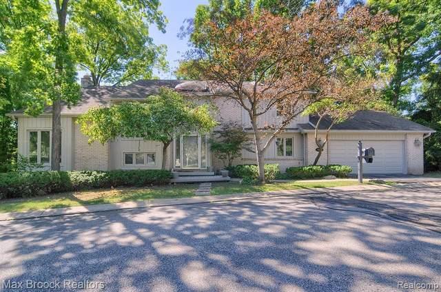 2295 Cameo Lake #16, Bloomfield Hills, MI 48302 (MLS #R2210014513) :: Berkshire Hathaway HomeServices Snyder & Company, Realtors®
