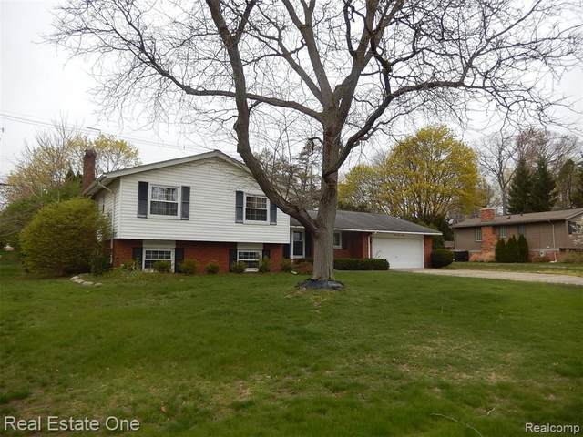 7190 Cathedral Drive, Bloomfield Hills, MI 48301 (MLS #R2210022752) :: Berkshire Hathaway HomeServices Snyder & Company, Realtors®