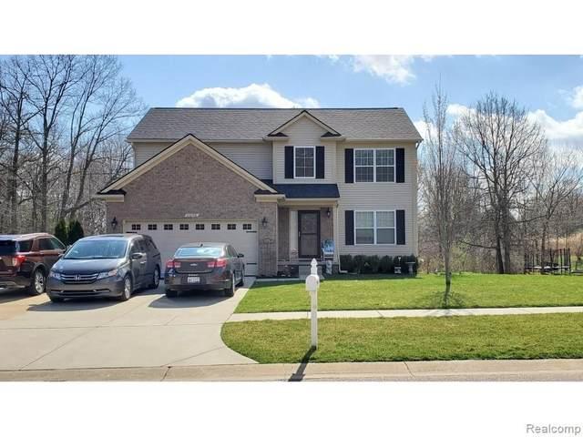 11276 Matthew Lane, Hartland, MI 48353 (MLS #R2210025228) :: Berkshire Hathaway HomeServices Snyder & Company, Realtors®