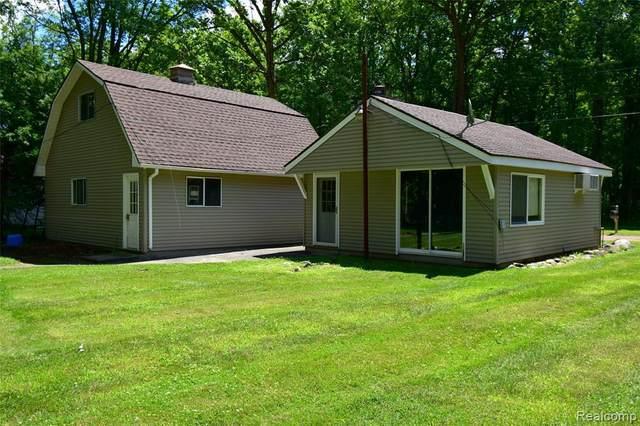 7534 Base Lake Rd. Road, Dexter, MI 48130 (MLS #R2210025325) :: Berkshire Hathaway HomeServices Snyder & Company, Realtors®