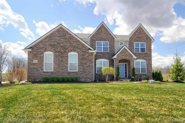 810 Birchwood, Oakland, MI 48363 (MLS #R2210025889) :: Berkshire Hathaway HomeServices Snyder & Company, Realtors®